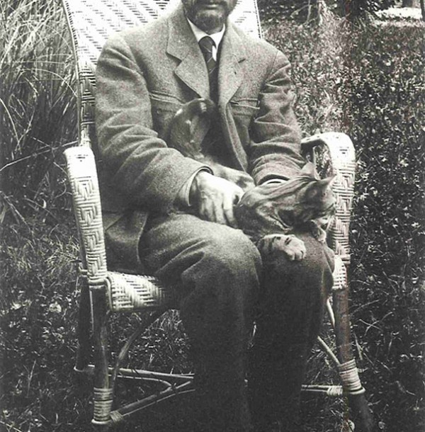 Pierre Bonnard and cat